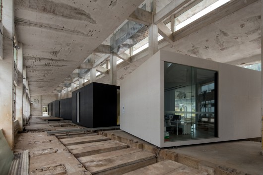5330c26ec07a80d64200003a_z-gallery-o-office-architects_portada-530x353