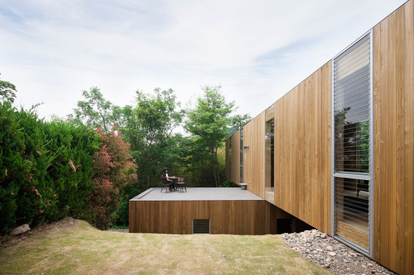 node-House-UID-architects-Keisuke-Maeda-3-600x399