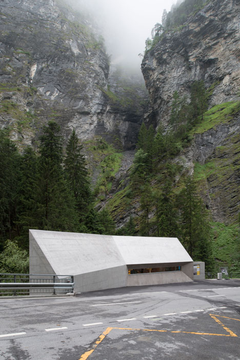 New-Visitors-Center-in-the-Viamala-Gorge-by-Iseppi-Kurath_dezeen_20