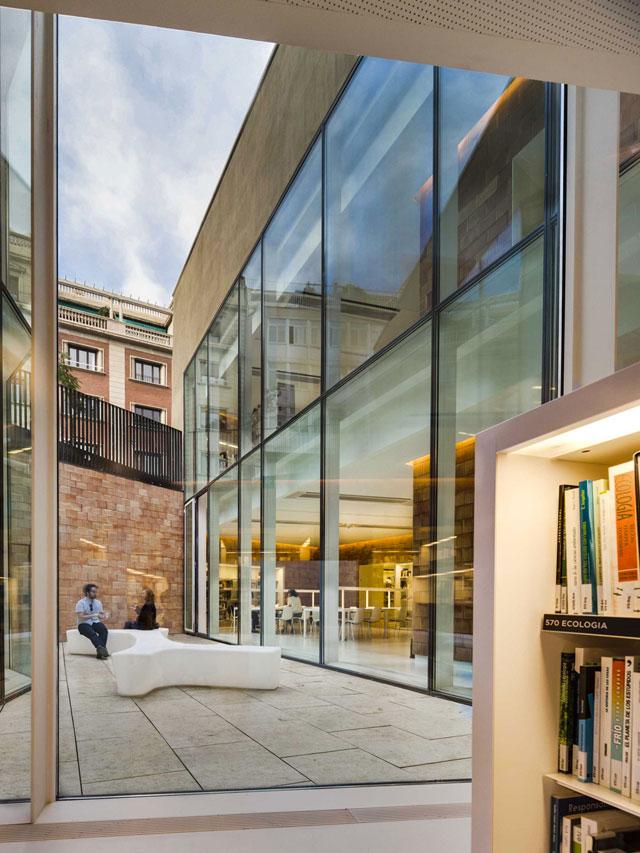 07-joan-maragall-library
