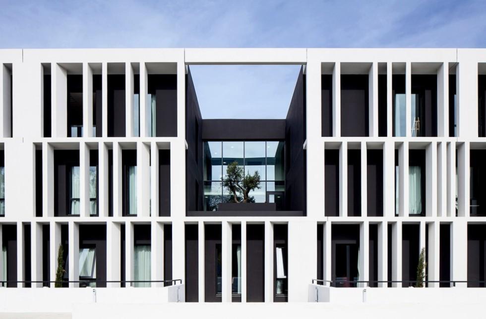 5406b1dcc07a801b0400010a_academy-of-art-crafts-esma-lcr-architectes_portada_-_mathieu_ducros_28-1000x658