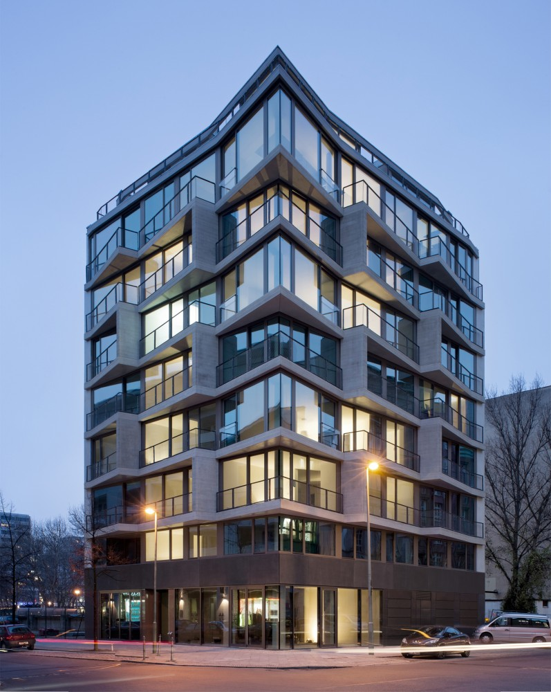 5410df1ec07a807972000086_apartments-charlotte-michels-architekturb-ro_portada-797x1000