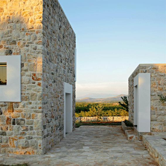 Cubi di pietra start for Architettura residenziale contemporanea