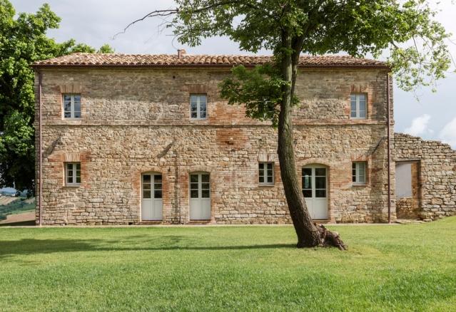 villa-montelparo-roy-david-studio-startfortalents-02