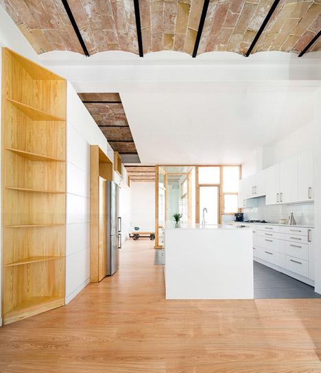 casa-poblenou-cavaa-arquitectes-02