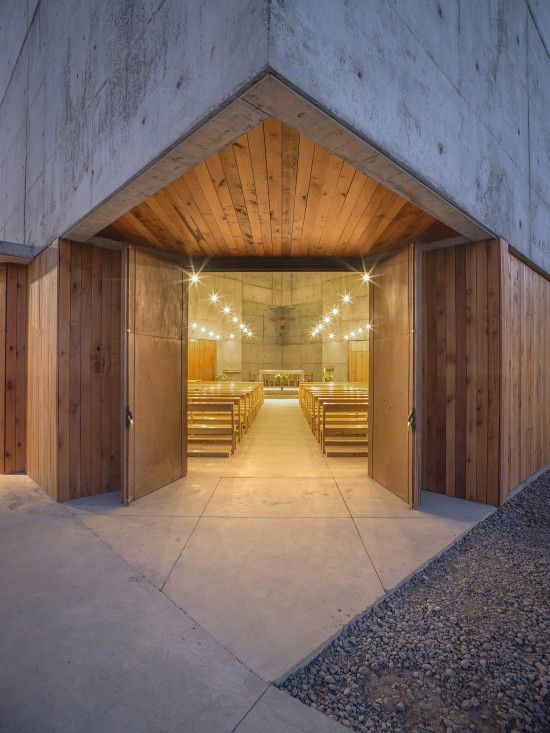 san-alberto-magno-chapel-04