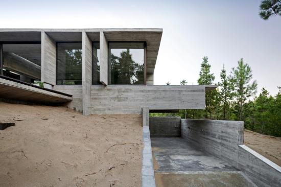 wein-house-besonias-almeida-arquitectos-03