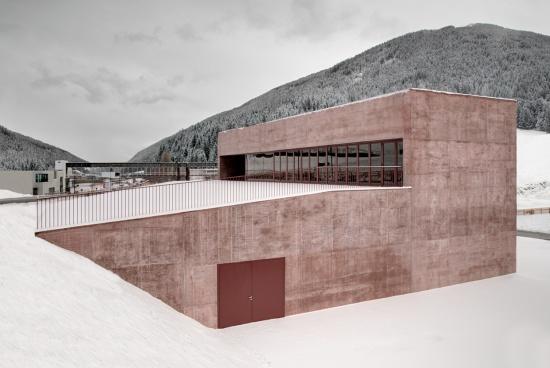 fire-station-versciaco-pedevilla-architects-04