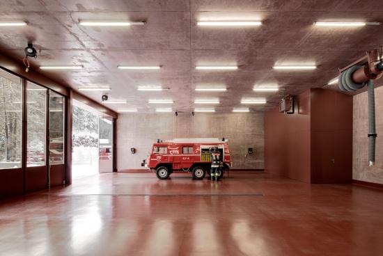 fire-station-versciaco-pedevilla-architects-05