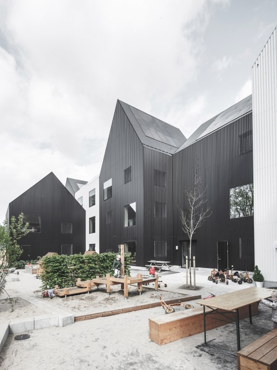 village-for-kids-frederiksvej-kindergarten-cobe-preben-skaarup-architects-06