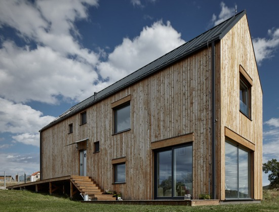 house-for-marketka-mjolk-architekti-03