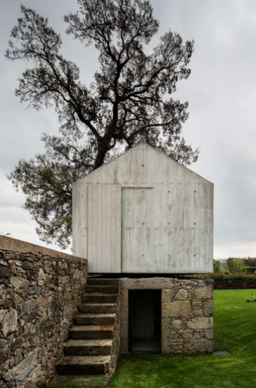dovecote-braga-portugal-azo-arquitectos-02