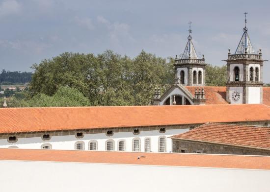 monastery-sao-bento-siza-souto-de-moura-03