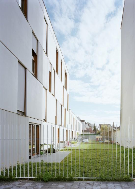 djion-concrete-housing-aterliers-o-s-architectes-07