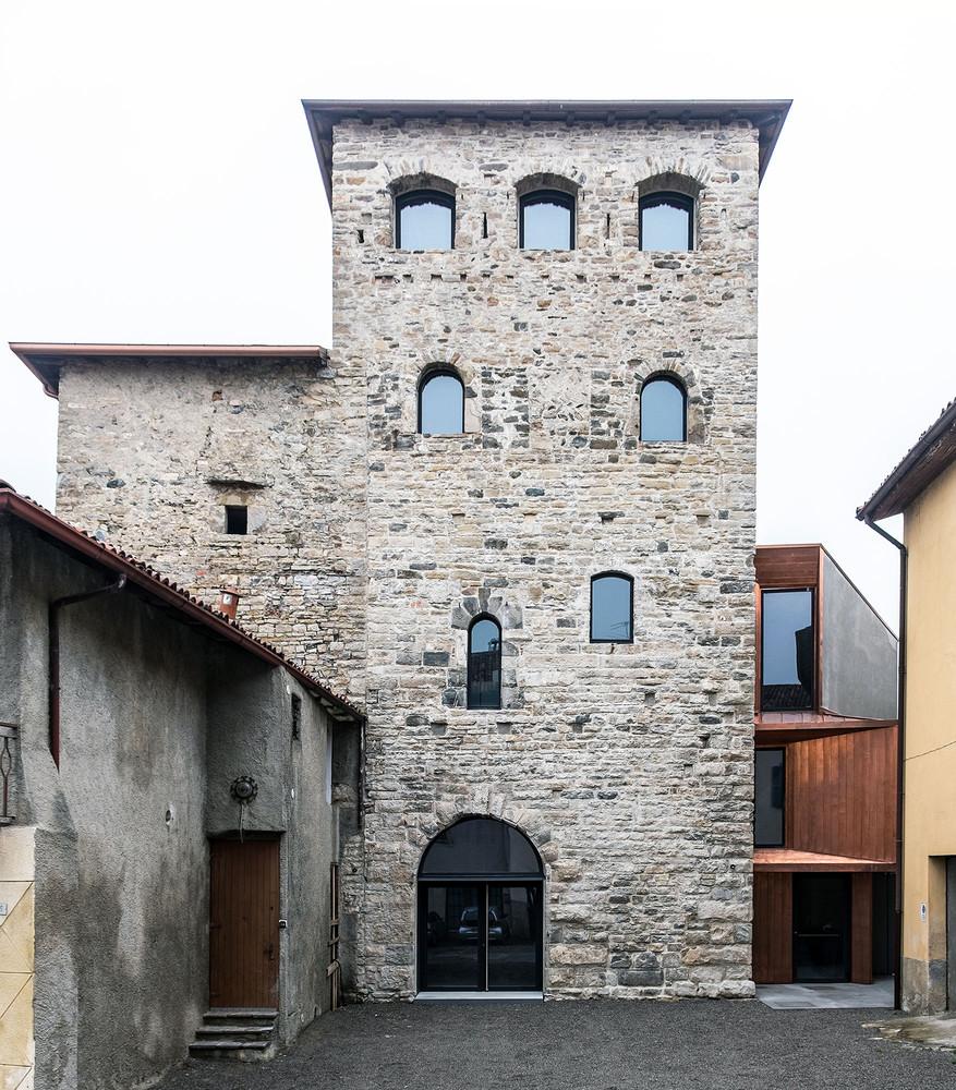 Architetti A Bergamo sui tetti di bergamo – start