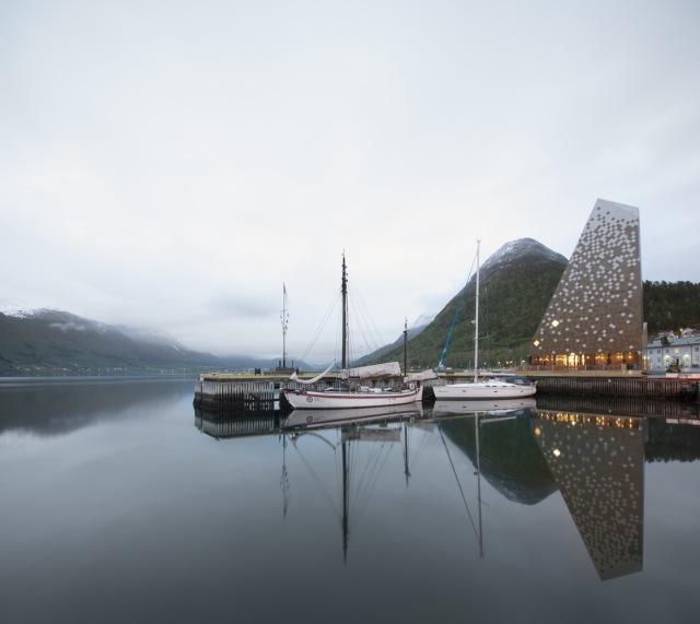 norwegian-mountaineering-center-reiulf-ramstad-arkitekter-norway-03
