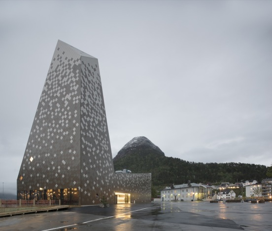 norwegian-mountaineering-center-reiulf-ramstad-arkitekter-norway-05