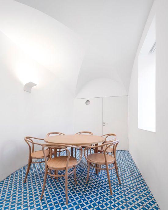 sotheby-correira-ragazzi-arquitectos-portugal-08