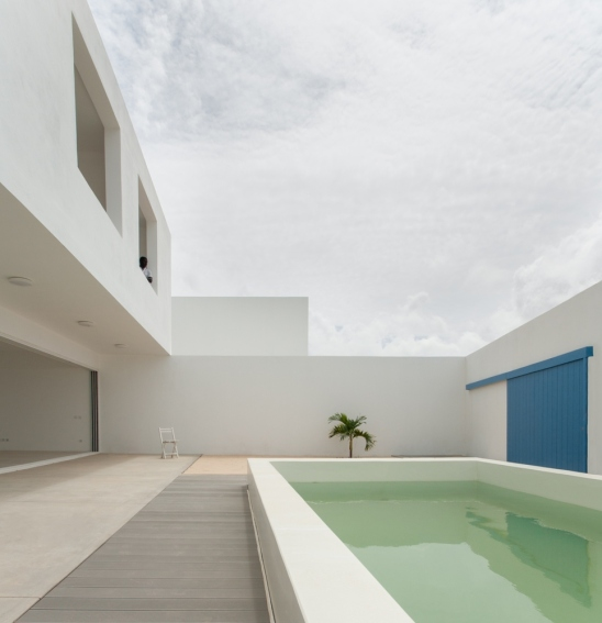 estoril-beach-house-jose-adriao-arquitectos-08