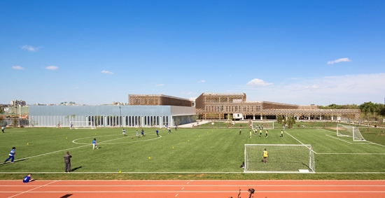 jacques-ferrier-the-french-international-school-of-beijing-china-02