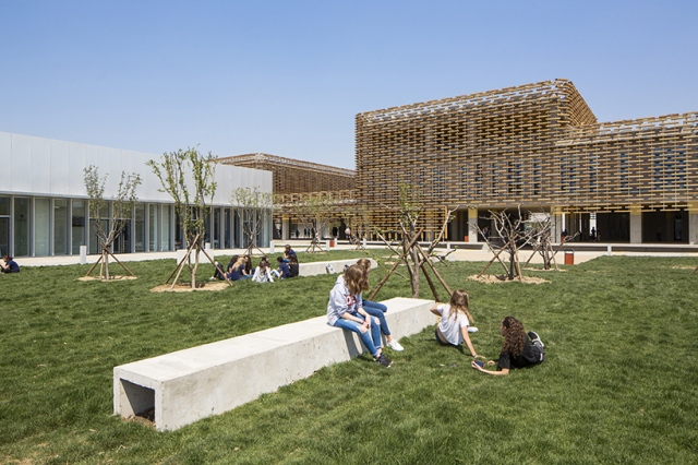 jacques-ferrier-the-french-international-school-of-beijing-china-03