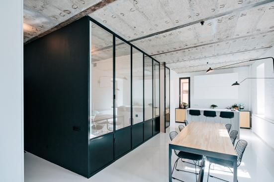 mosca-apartment-crosby-studio-02
