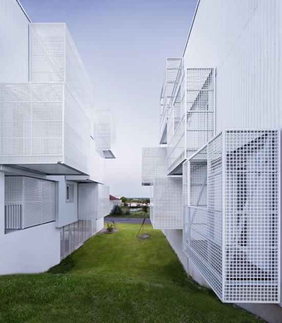 social-housing-poggi-more-architecture-france-03