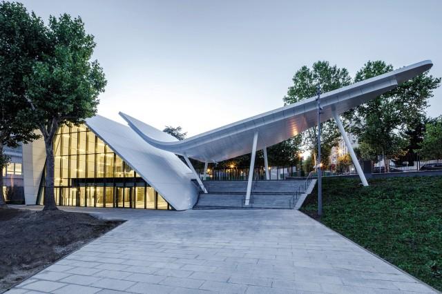 reception-pavilion-3a-composites-01