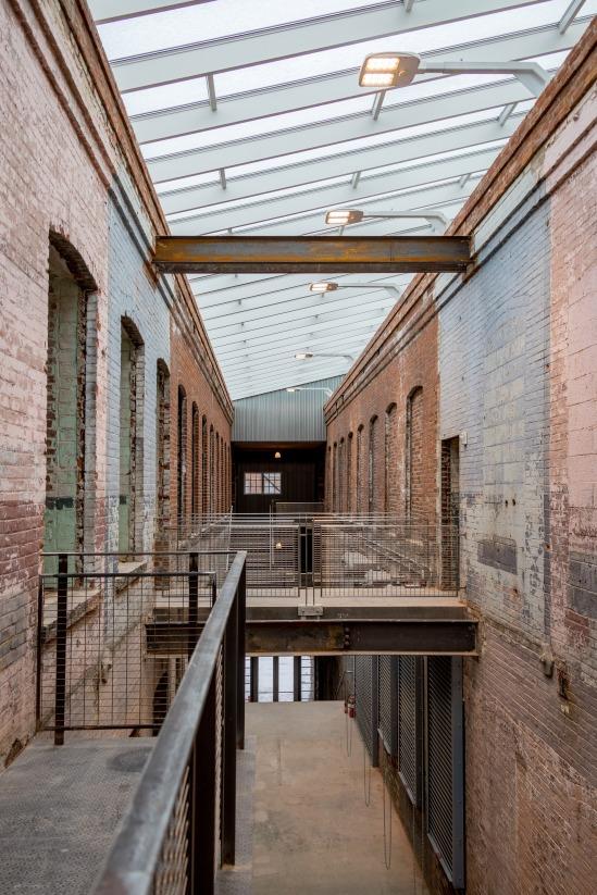 mass-moca-art-museum-berkshires-burner-cott-07