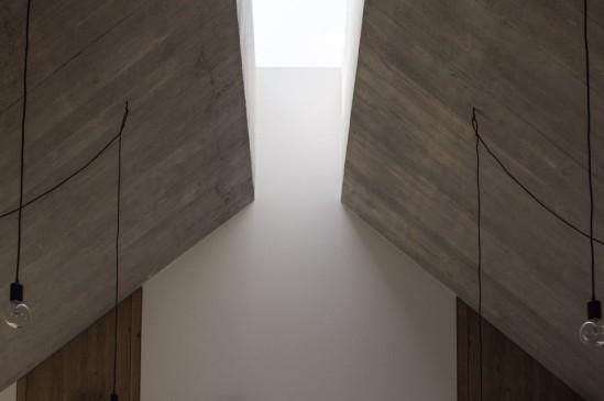 chimney-house-dekleva-gregoric-architects-slovenia-05