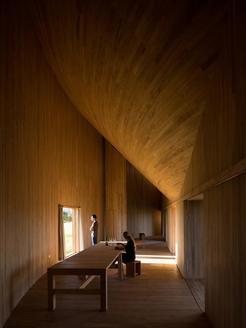 pezo-von-ellrichshausen-casa-rode-house-chonchi-chile-designboom-05