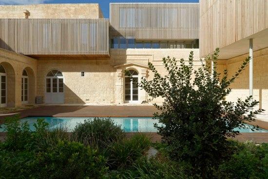 villa-castro-architecture-project-jens-bruenslow-01