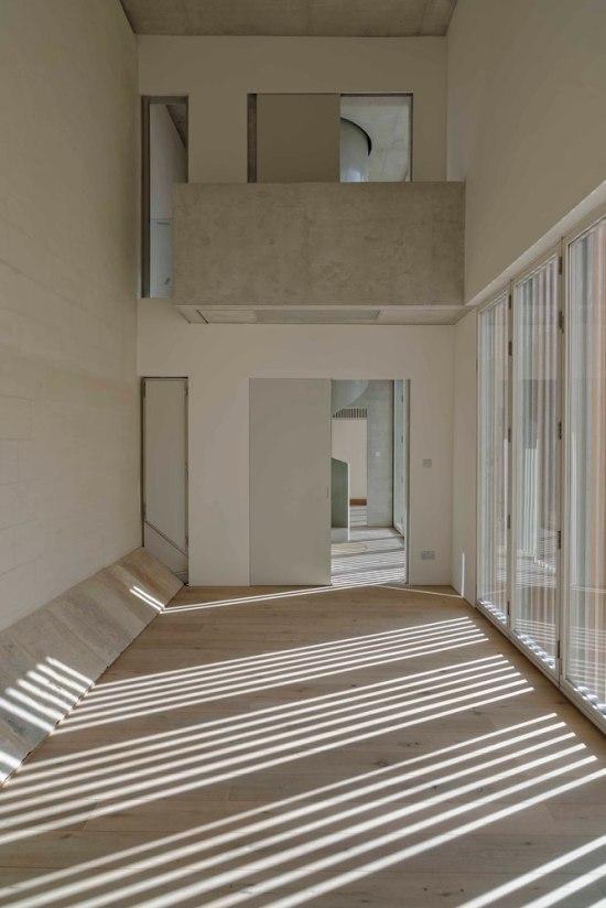villa-castro-architecture-project-jens-bruenslow-05