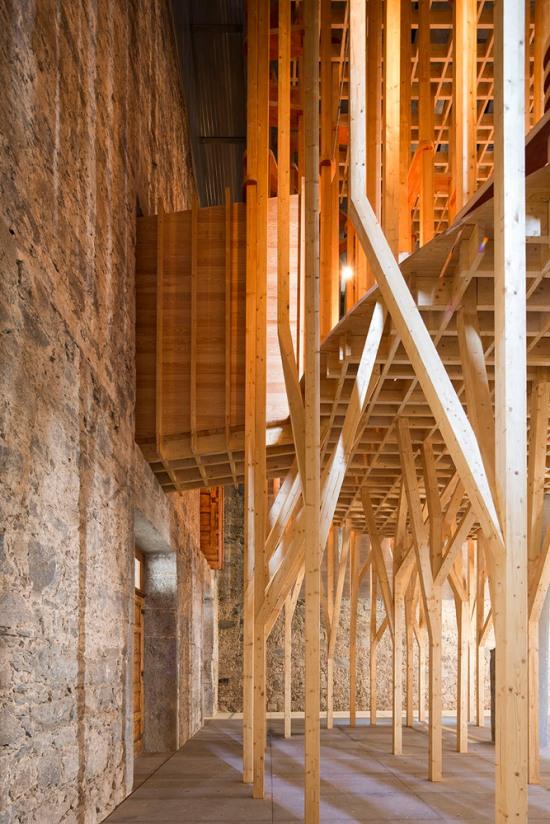 imaculada-and-cheia-de-graca-chapel-carejeira-architects-02