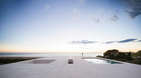 house-of-infinite-cadiz-spain-alberto-campo-baeza-01