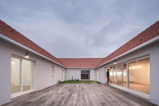 pf-house-ferreira-arquitectos-aveiro-portugal-02