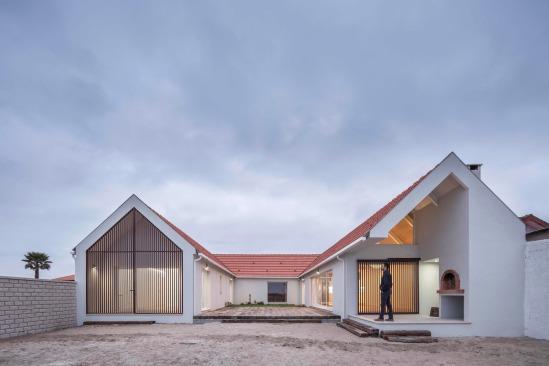 pf-house-ferreira-arquitectos-aveiro-portugal-11
