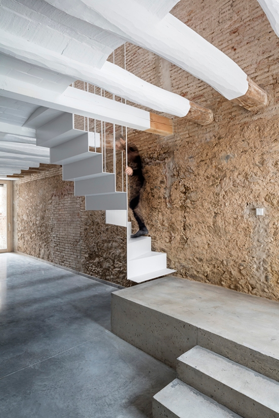 barcelona-house-renovation-dataae-05