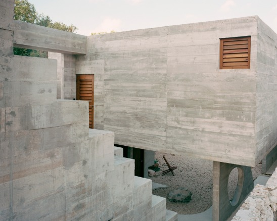 concrete-house-ludwig-godefroy-rory-gardiner-mexico-startfortalents-02