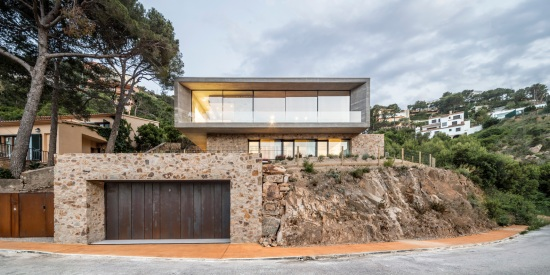 house-1510-spain-nordest-arquitectura-02